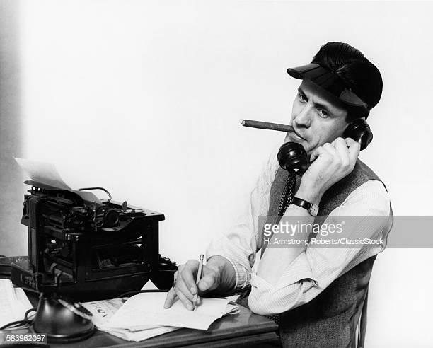 1930s 1940s MAN REPORTER...