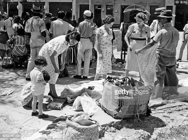 1930s 1940s SHOPPERS AND VENDORS IN OPEN AIR MARKET HAVANA CUBA