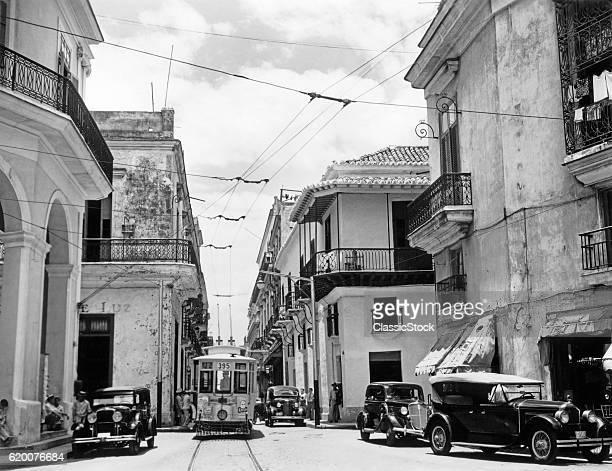 1930s 1940s STREET SCENE CARS TROLLEY HAVANA CUBA