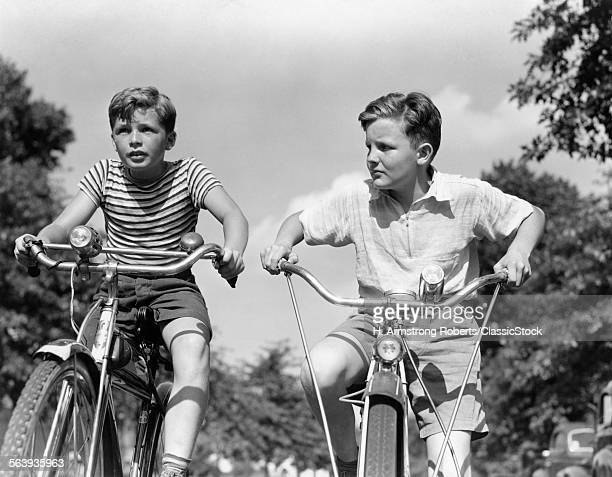 1930s 1940s TWO BOYS...