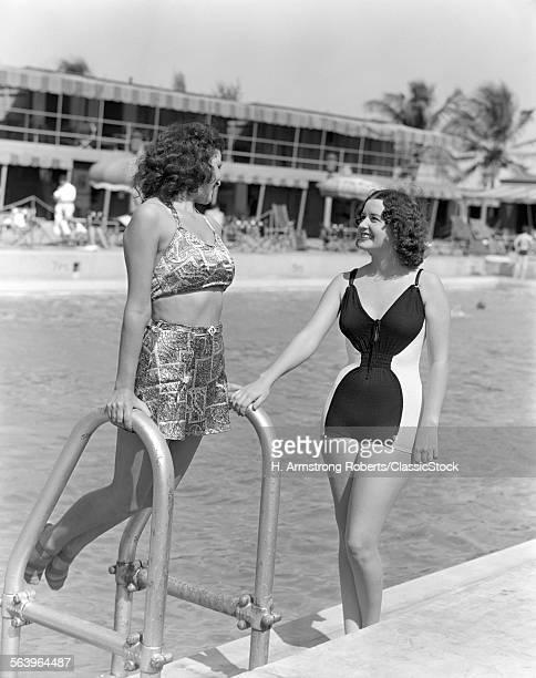 1930s 1940s TWO WOMEN IN...