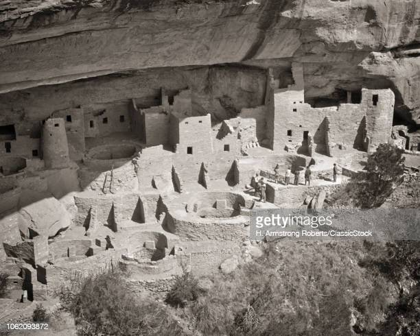 1930s CLIFF PALACE LARGEST CLIFF DWELLING IN MESA VERDE NATIONAL PARK COLORADO USA