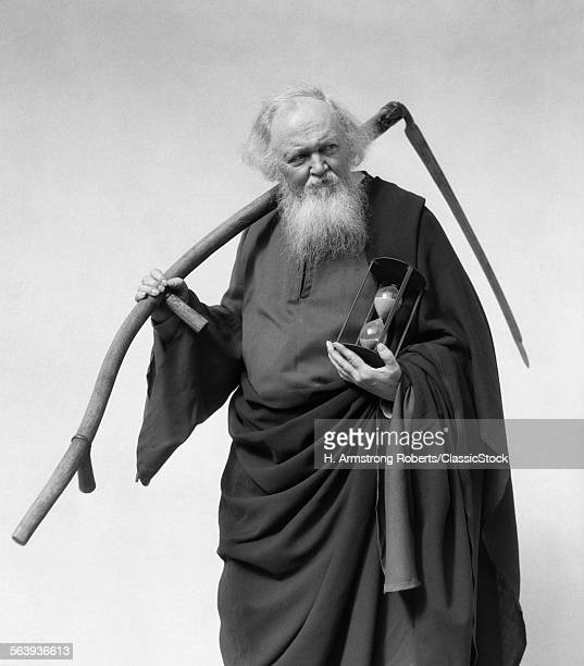 1930s ELDERLY WHITE-BEARDED...