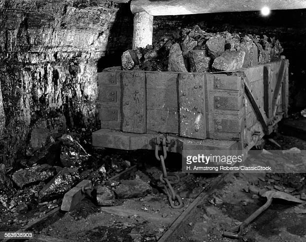 1930s LOADED WOODEN MINE...