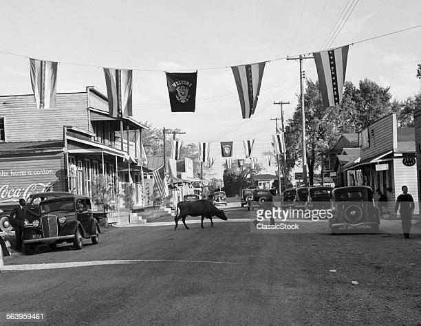 1930s MAIN STREET SMALL...
