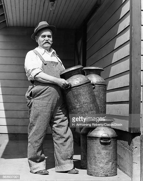 1930s MATURE ELDERLY MAN...