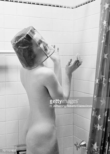 1930s NUDE WOMAN IN SHOWER...