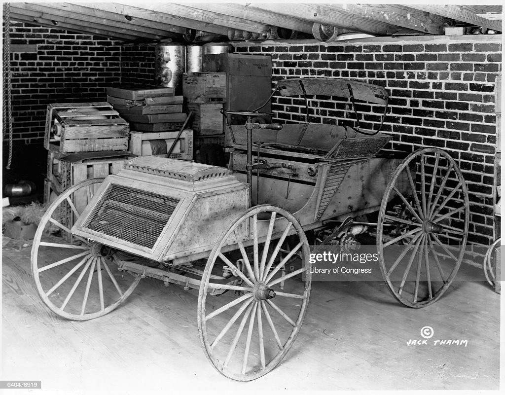Duryea Gas Automobile Pictures | Getty Images
