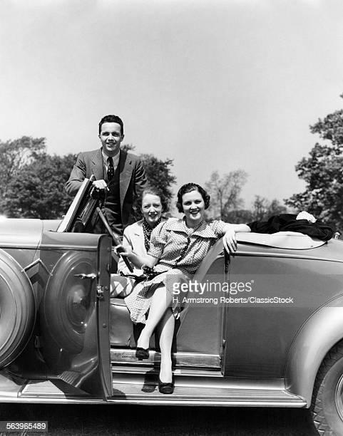 1930s RETRO WOMEN MAN CAR...