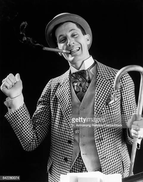 1930s SMILING MAN CARNIVAL...
