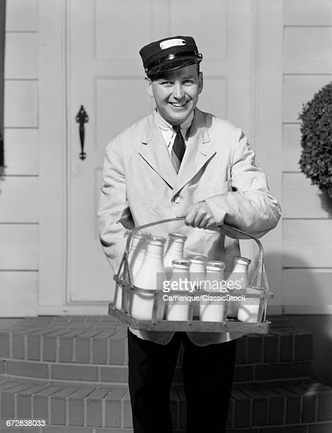 1930s SMILING MILKMAN...