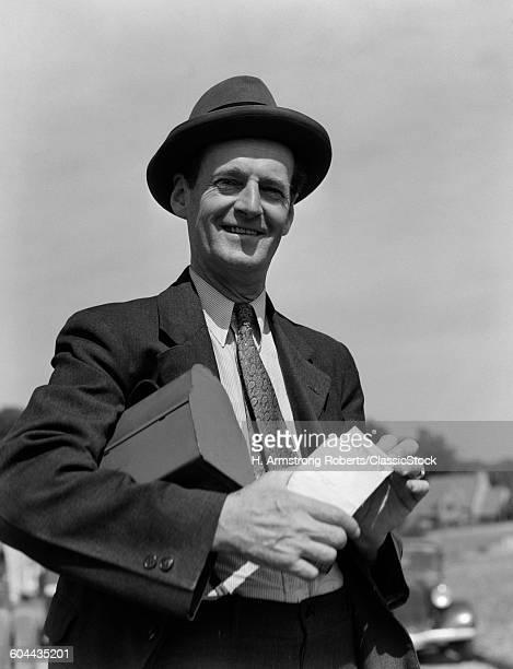 1930s SMILING MIN HAT.