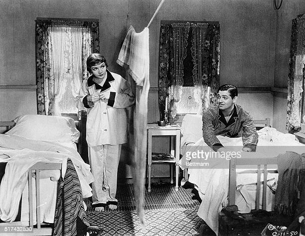 1934Farmed out along with Claudette Colbert to Columbia Gable went to work on an inconspicuous little comedy called It Happened One Night in which in...