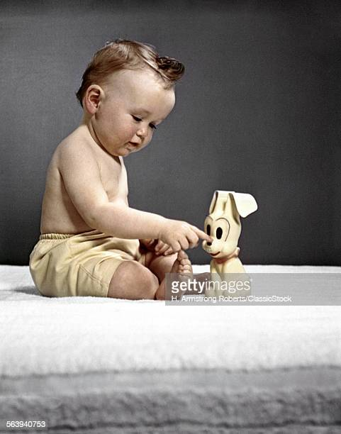 1940s 1950s BABY SITTING TOUCHING TOY DOG