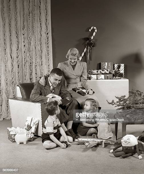 1940s 1950s FAMILY OPENING...
