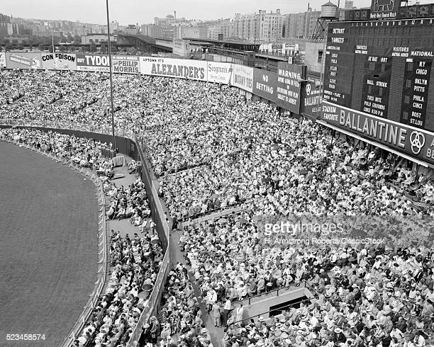 1940s 1950s LARGE CROWD...