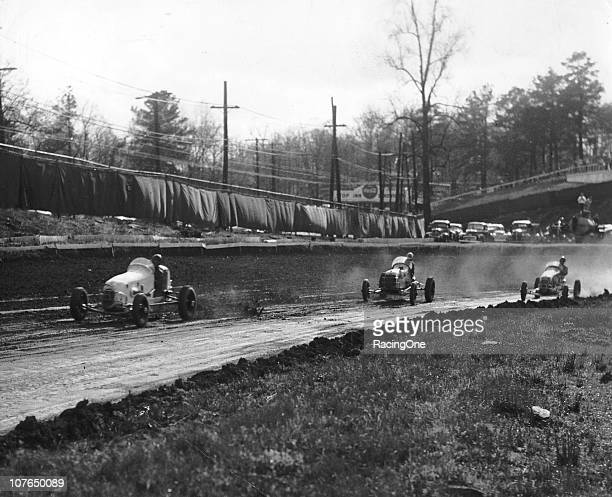 1940s AAA Sprint Car action at Lakewood Speedway.