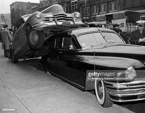 1940s CAR ACCIDENT