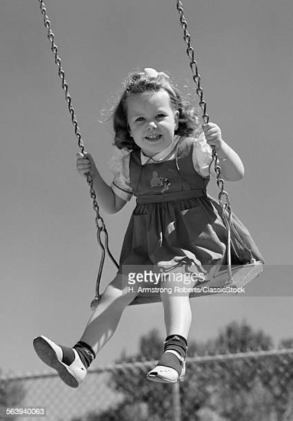 1940s SMILING GIRL...