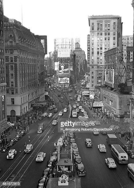 1940s TIMES SQUARE LOOKING...