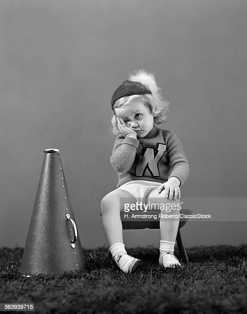 1940s UNHAPPY LITTLE GIRL...