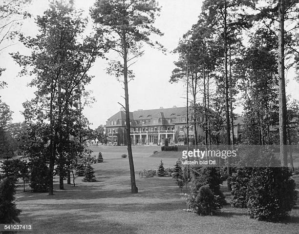 1872 1941GrossindustriellerHeinenhof PotsdamLandsitz Carl Friedrich von SiemensAnsicht Parkseite 1912