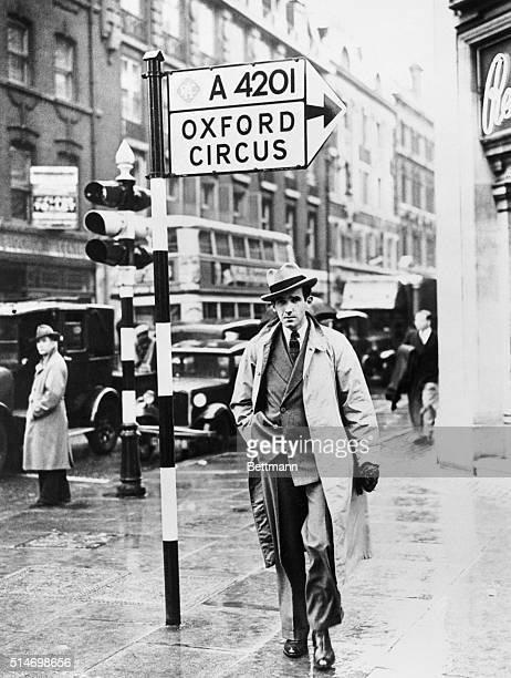 Journalist Edward R Murrow walking down London street BPA2