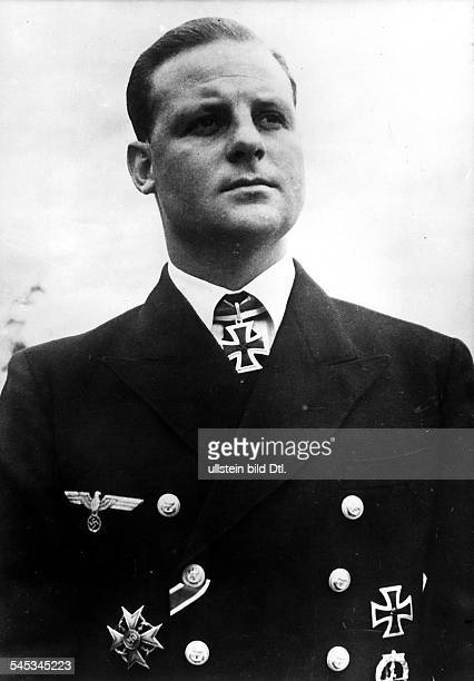 1913 1941UBoot Kommandant Kapitänleutnant D Portrait mit Orden September 1940