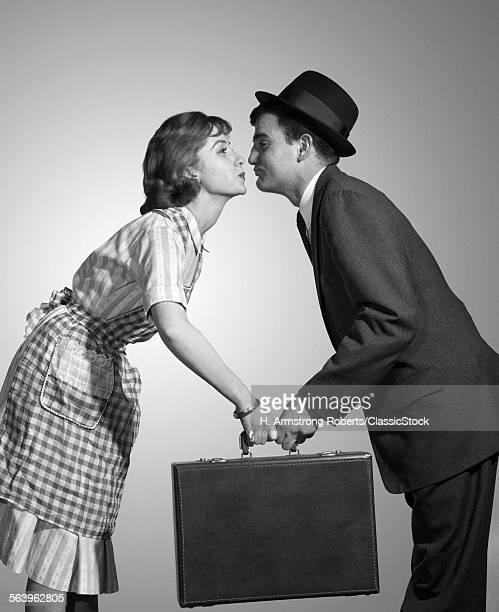 1950s 1960s HOMEMAKER WIFE...