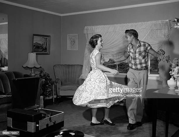 1950s 1960s TEEN COUPLE...