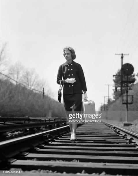 1950s 1960s UNHAPPYOMAN...