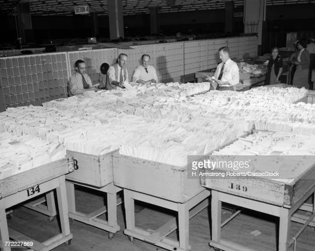 1950s 4 MEN SORT SORTING...