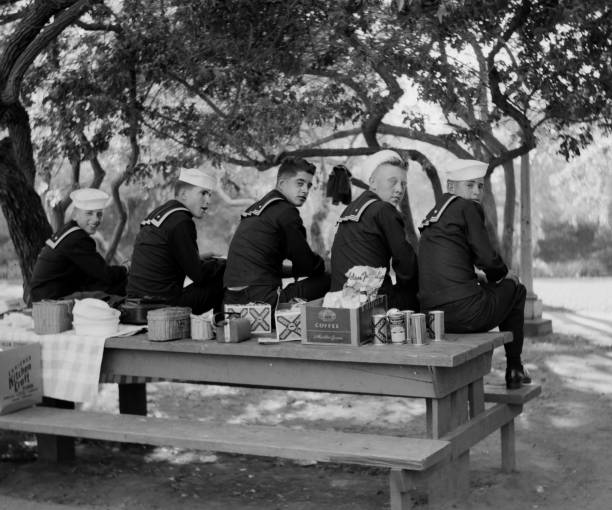 Sailors On Liberty In Los Angeles Pictures Getty Images - Picnic table los angeles