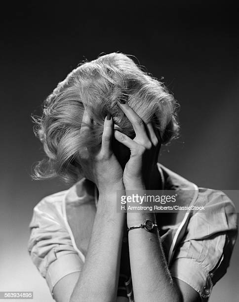 1950s BLOND WOMAN WITH...