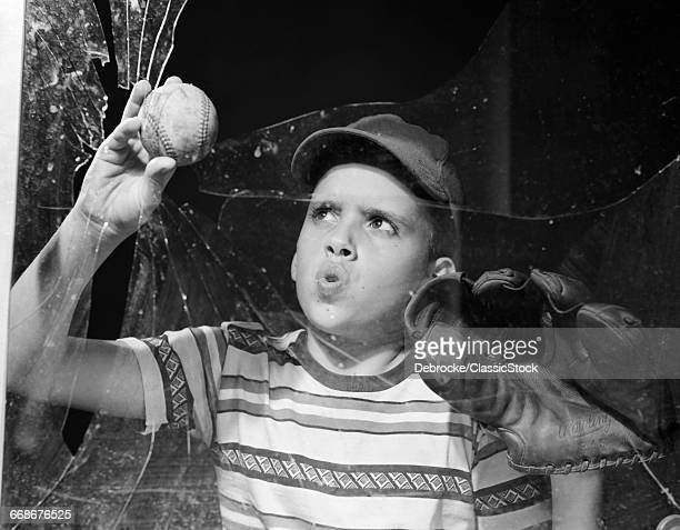 1950s BOY IN TEE-SHIRT AND...