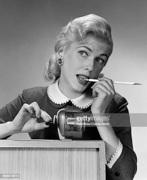 1950s DISTRACTED BLOND...