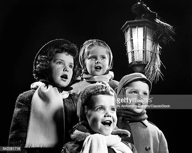1950s FOUR YOUNG CHILDREN...