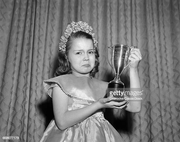 1950s GIRL TIARA SATIN...