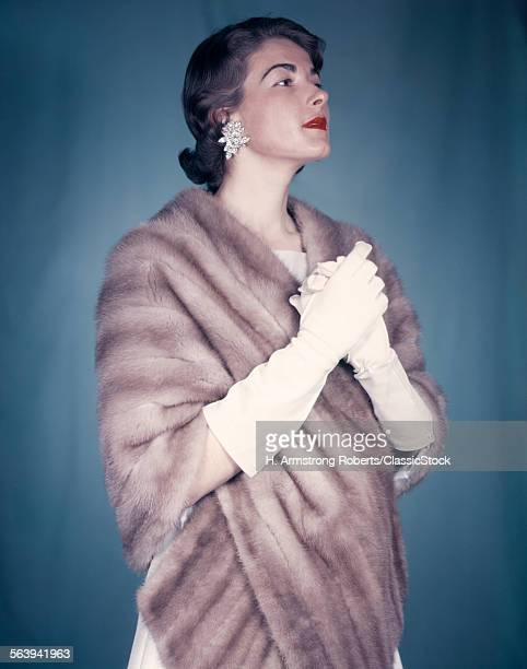 1950s HIGH FASHION ELEGANT...