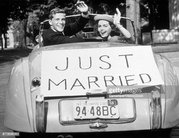 1950s NEWLYWED YOUNG...