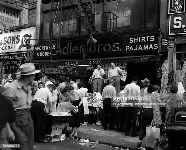 1950s SIDEWALK MERCHANTS ON NEW YORK'S LOWER EAST SIDE