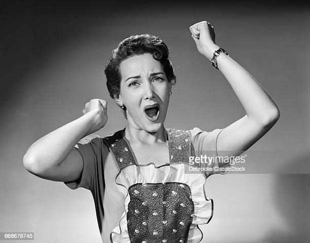1950s WOMAN ANGRY...