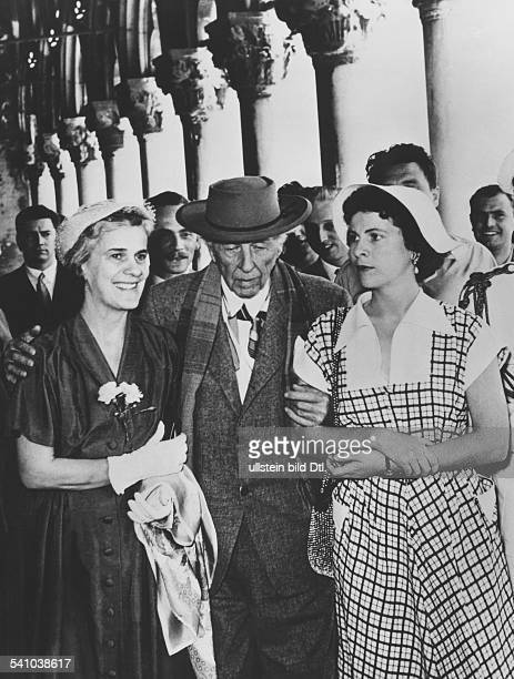 1867 1959Architekt USAmit Ehefrau und Tochter in Venedig um 1955