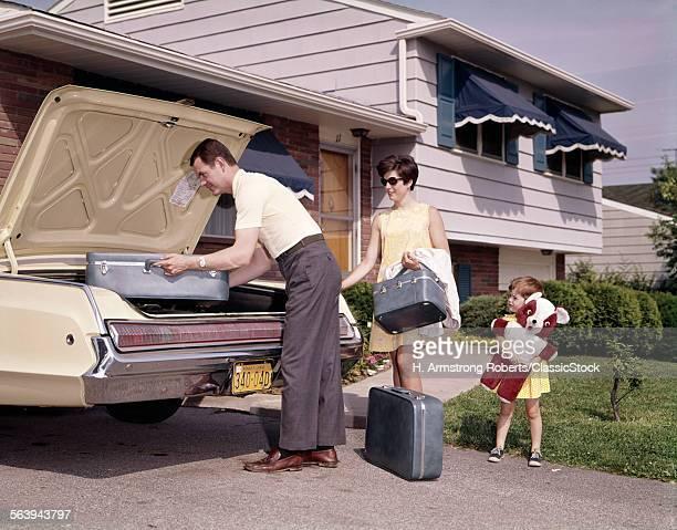 1960s 1970s FAMILY COUPLE...
