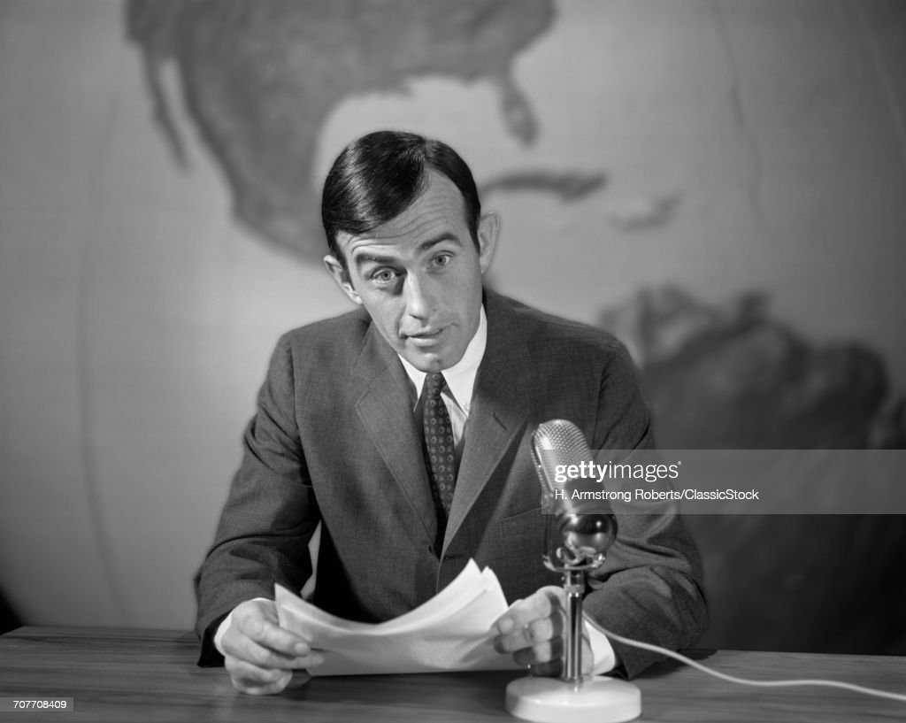 1960s 1970s NEWSMAN... : News Photo