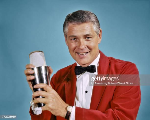 1960s 1970s SMILING MAN...