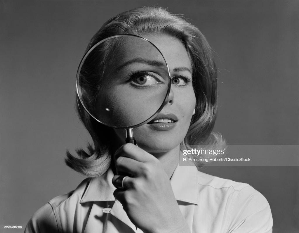 1960s BLOND WOMAN... : Stock Photo