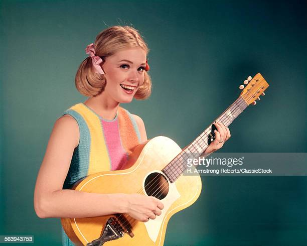 1960 1960s BLONDE YOUNG...