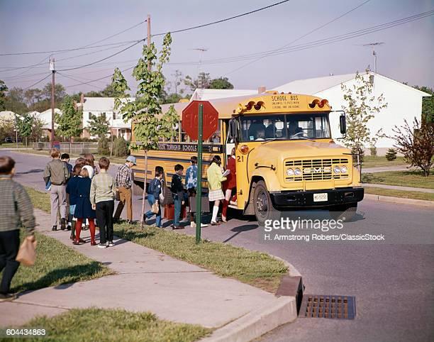1960s CHILDREN IN LINE.