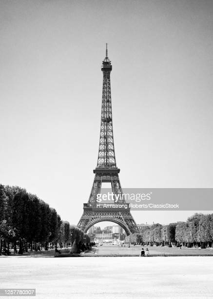 1960s Eiffel Tower Wrought Iron Lattice Structure In The Champ De Mars Built In The 1880S As Entrance To The 1889 World'S Fair